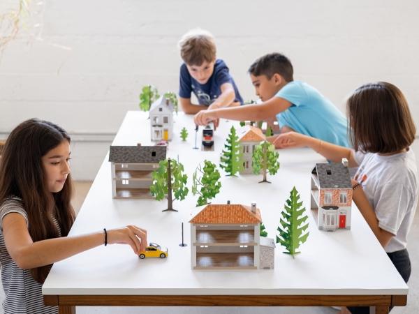 創意綠生活|紙玩具打造孩子的國度 微型世界結合故事與建築